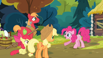 Pinkie '...to get more scrapbook paper!' S4E09