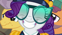 Rarity grinning a wide grin S6E22