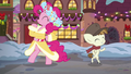 Spirit of HW Presents and Featherweight dance around each other S6E8.png