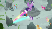 Twilight, Starlight, and Sunburst casting the spell S7E25