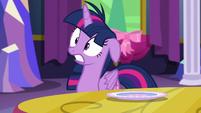 "Twilight ""Yikes!"" S06E06"
