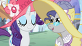 A pony talks to Rarity S2E09.png
