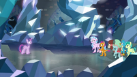 Astral Twilight agrees to test the Young Six S8E22