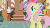 Fluttershy sees Gilda come into Sugarcube Corner S1E05
