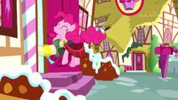 Pinkie bouncing into Sugarcube Corner S8E18