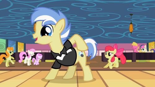 Ponies marvel at Strike's cutie mark S2E6