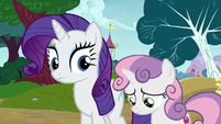 Rarity notices Sweetie Belle looking bored again S7E6