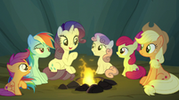 Rarity starts telling the story of Mistmane S7E16