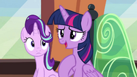 Twilight --I think they're more happy-- S6E1