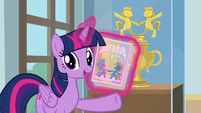 "Twilight Sparkle ""get your pony pal"" S9E7"