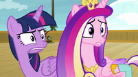 Twilight and Cadance disturbed by Twilight costumes S7E22