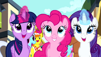 Twilight and Rarity levitating banner S4E12
