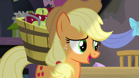 "Applejack ""everypony loves your pies"" S7E23"