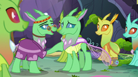 Group Leader comforts Green Changeling S7E17