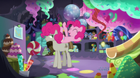 Pinkie Pie on top of Mudbriar S8E3