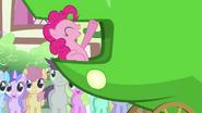 Pinkie laughing at 'lettuce' joke S3E4