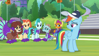 Rainbow and cheer squad smile together S9E15
