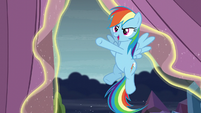 Rainbow makes punching moves S6E2
