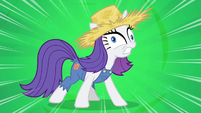 Rarity -I love being covered in mud!- S4E13