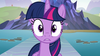 Twilight hears Starlight Glimmer's voice S8E2