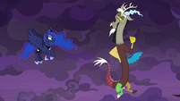 Discord and Princess Luna working together S9E17