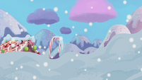 Gingerbread fantasy covered in snow S5E20