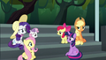 Main ponies confused by Rainbow's behavior S6E7.png