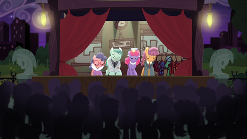 Method Mares taking a bow S5E16