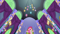 Pinkie Pie -make you feel tiny!- S5E3
