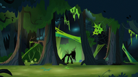 Queen Chrysalis' wooded nest S9E1