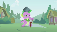 Spike helping Twilight practice a spell S1E15