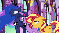 Sunset Shimmer cracking up at Princess Luna EGFF