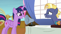 Twilight Sparkle smiles nervously at Star Tracker S7E22