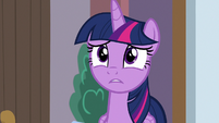 Twilight distressed by Spike's class S8E12