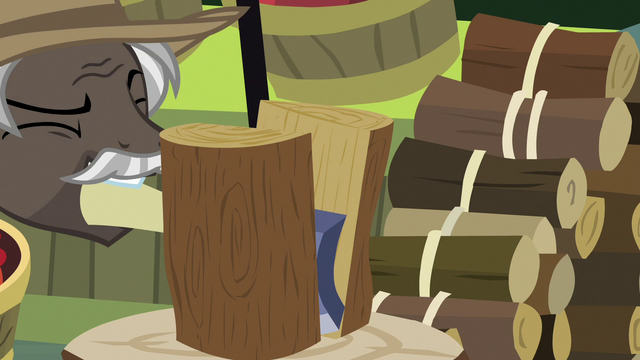 File:Burnt Oak chopping firewood with an axe S7E13.png