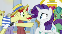 Flam pointing at Rarity S8E16
