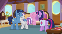 Night Light holding Twilight Velvet close S7E22