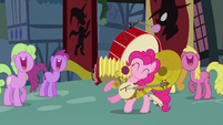 Pinkie Pie playing ten instruments S3E05
