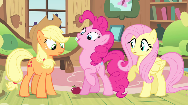 File:Pinkie Pie with fangs S4E07.png