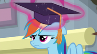 Rainbow Dash wearing a graduation cap S8E1
