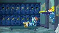Rainbow left alone in the locker room S6E7