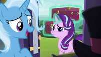 Trixie -of course you brought luggage!- S8E19