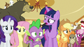"Twilight ""who enjoys them and who doesn't"" S6E15.png"