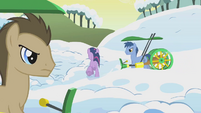 Twilight runs off in shame through the fields S1E11