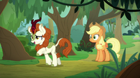 Autumn Blaze pointing down the path S8E23