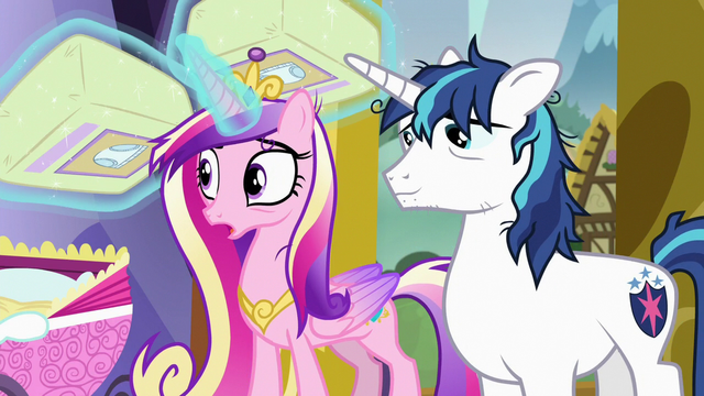 File:Cadance levitating backup extra diapers S7E3.png