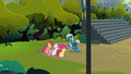 Cutie Mark Crusaders talk with Thunderlane S7E21.png