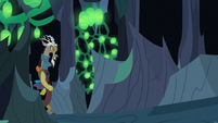 Discord entering the adjacent hive chamber S6E26