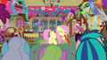 Fluttershy blowing up balloon 2.png
