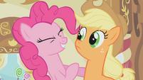 Pinkie Pie and Applejack S01E04